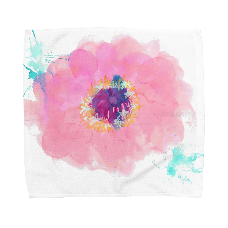 hugging love +《ハギング ラブ プラス》の百日草 Towel handkerchiefs