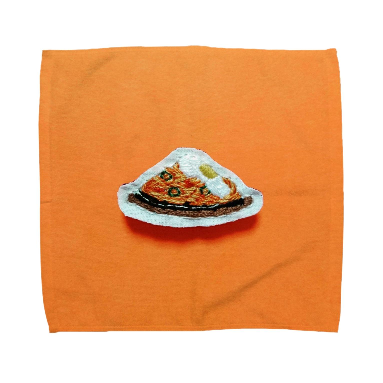 m_shishuuの目玉焼きのせ鉄板ナポリタン Towel handkerchiefs