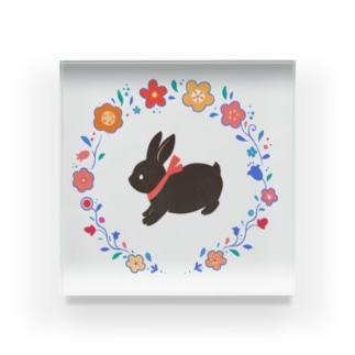 黒ウサギ Acrylic Block