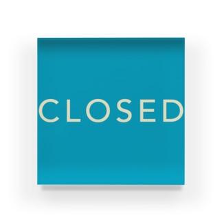 CLOSED BLOCK Acrylic Block