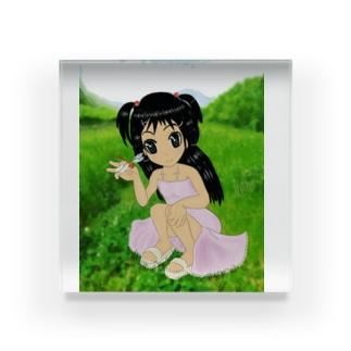 少女と赤とんぼと山 Acrylic Block