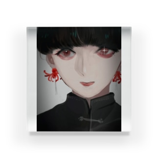 彼岸花のピアス Acrylic Block