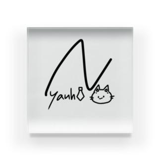 サインにゃんひー Acrylic Block