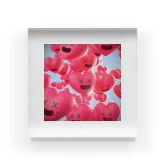 愛がいっぱい Acrylic Block
