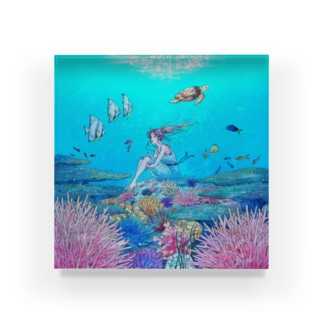 KANON Acrylic Block