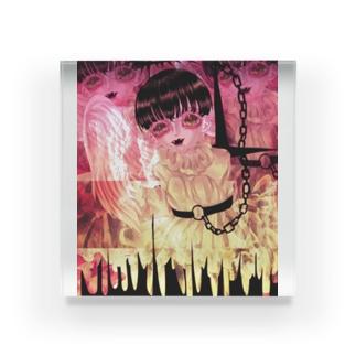 Angeles Acrylic Block