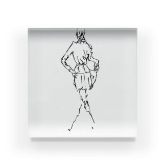 ルンルン女性 Acrylic Block