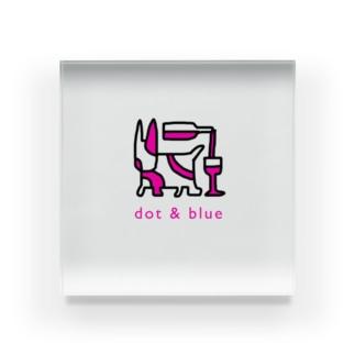 dot&blue Acrylic Block