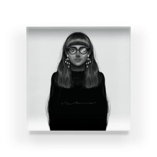 She Series A Acrylic Block
