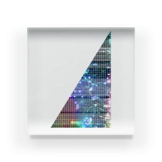 線入り直角三角形 Acrylic Block