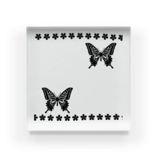 和ー蝶と桜ー Acrylic Block