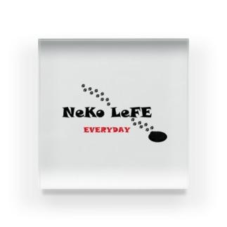 NEKO LEFE Acrylic Block
