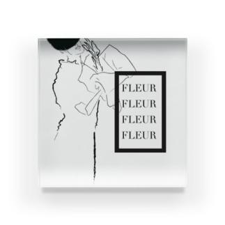 FLEUR Acrylic Block