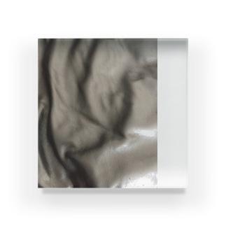 牛革くん Acrylic Block