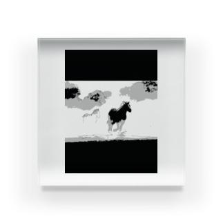 駆ける馬 Acrylic Block