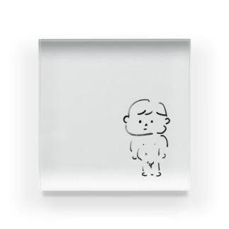 ありのままの少年はありのままを見ている Acrylic Block