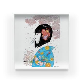 春の女 Acrylic Block
