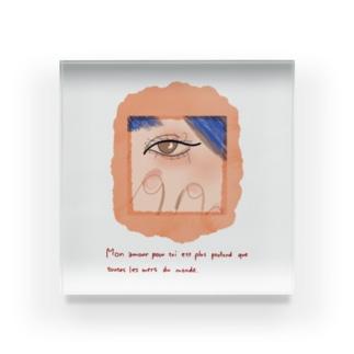 ピンクの爪 Acrylic Block