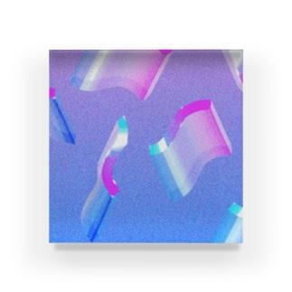 下之下のNami1 Acrylic Block