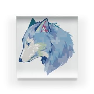 Winter/Wolf Acrylic Block