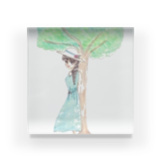 木陰で休む少女 Acrylic Block