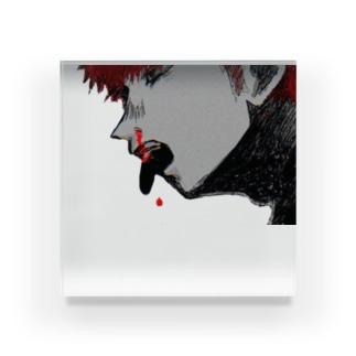 鼻血を出している少年②の Acrylic Block