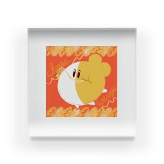 【もぐろう】チーズハットグ食べるもぐ Acrylic Block