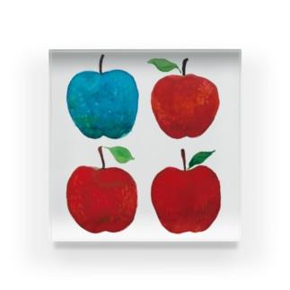 赤いリンゴと青リンゴ Acrylic Block