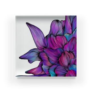 87のhana03 Acrylic Block