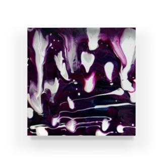 Ju Acrylic Block
