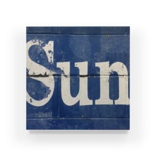 'Herald Sun' 3/3 Acrylic Block