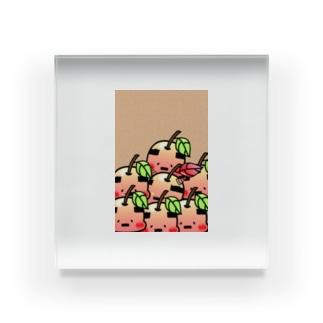おやじりんご たくさんいる Acrylic Block