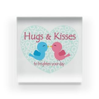 Hugs & Kisses 素敵な一日を! Acrylic Block