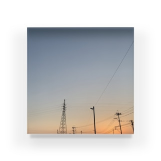 18:06 Acrylic Block