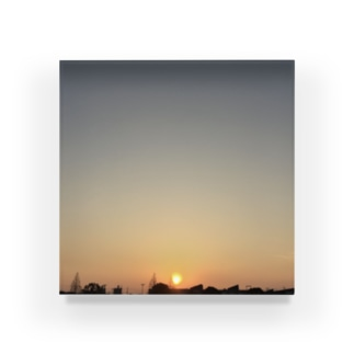 17:25 Acrylic Block