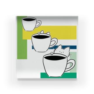 コーヒーカップといたずら子ねこ Acrylic Block