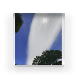不思議な雲 Acrylic Block