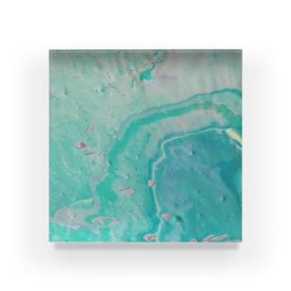 014 Acrylic Block