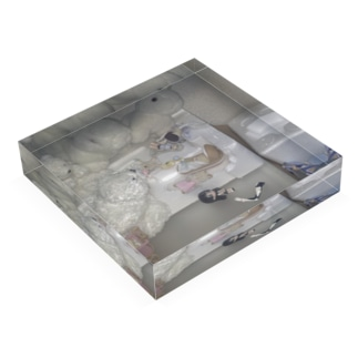 0.01 -90 Acrylic Block