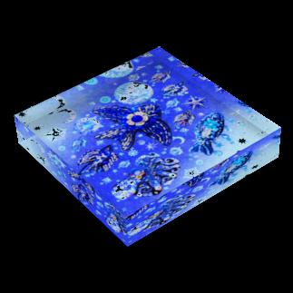 Piari🌗吉祥寺PARCOのアクリルブロック ✳︎シーオブトゥルー Acrylic Blockの平置き