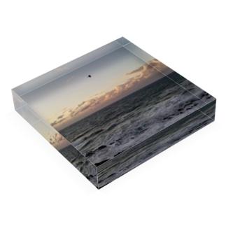 K-ioriの飛び立つ Acrylic Blockの平置き