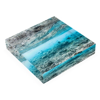 umi Acrylic Block