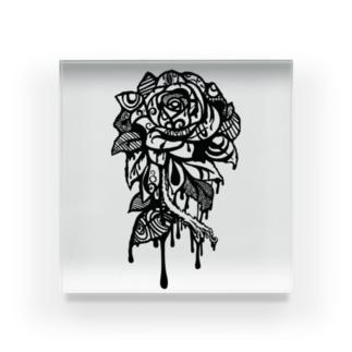 独01 Acrylic Block