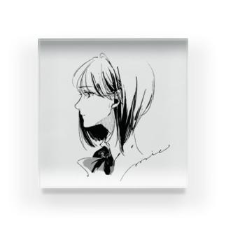 女の子A Acrylic Block