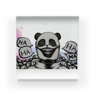 笑うニセパンダ Acrylic Block