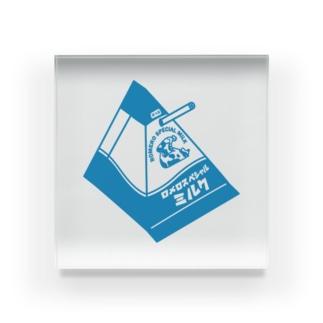 LUCHAのロメロスペシャルミルク#3 Acrylic Block
