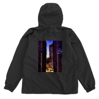高層ビル群、夜景 Anorak
