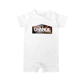 変革せよ。変革を迫られる前に。 Baby rompers
