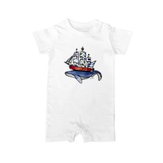 船は鯨が運んでいる? Baby rompers