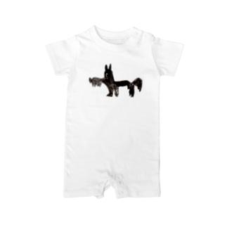 KAERUCAFE SHOPの黒茶犬 Baby rompers